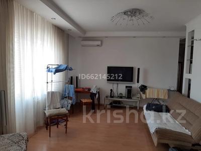 3-комнатная квартира, 107 м², 16/18 этаж помесячно, Отрар за 200 000 〒 в Нур-Султане (Астана), р-н Байконур — фото 9