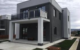 7-комнатный дом, 220 м², 5 сот., Овощной переулок 16/7 за ~ 86.1 млн 〒 в Сочи