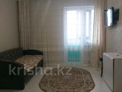 1-комнатная квартира, 40 м², 5/10 этаж помесячно, Сарайшык 5 за 90 000 〒 в Нур-Султане (Астана), Есиль р-н — фото 4