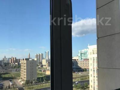 3-комнатная квартира, 130 м², 7/8 этаж, Ханов Керея и Жанибека за 62 млн 〒 в Нур-Султане (Астана), Есиль р-н — фото 13