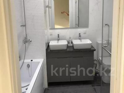 3-комнатная квартира, 130 м², 7/8 этаж, Ханов Керея и Жанибека за 62 млн 〒 в Нур-Султане (Астана), Есиль р-н — фото 15