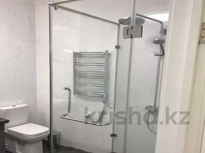 3-комнатная квартира, 130 м², 7/8 этаж, Ханов Керея и Жанибека за 62 млн 〒 в Нур-Султане (Астана), Есиль р-н — фото 16
