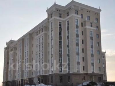 3-комнатная квартира, 130 м², 7/8 этаж, Ханов Керея и Жанибека за 62 млн 〒 в Нур-Султане (Астана), Есиль р-н — фото 27