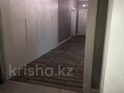 3-комнатная квартира, 130 м², 7/8 этаж, Ханов Керея и Жанибека за 62 млн 〒 в Нур-Султане (Астана), Есиль р-н — фото 4