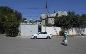 8-комнатный дом, 569.2 м², 0.1106 сот., Дулати 128 за ~ 50.8 млн 〒 в Таразе