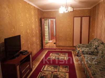 2-комнатная квартира, 55 м², 3/5 этаж на длительный срок, проспект Абая 14 — Валиханова за 80 000 〒 в Кентау