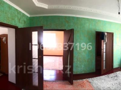 5-комнатный дом, 140 м², 8 сот., мкр Ынтымак 2 за 27.5 млн 〒 в Шымкенте, Абайский р-н