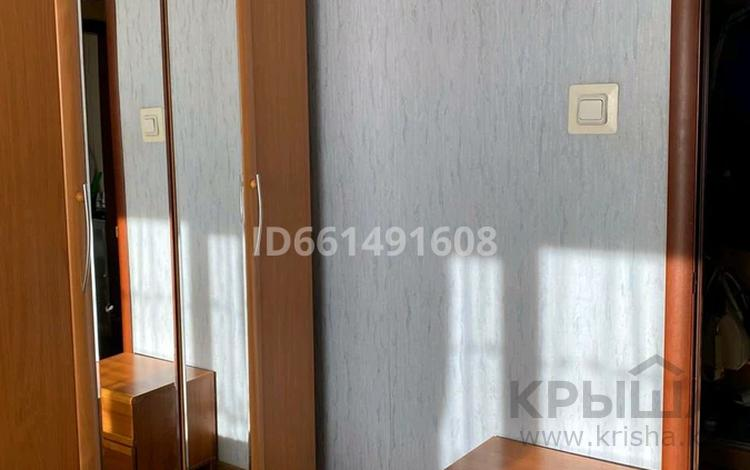 2-комнатная квартира, 50 м², 6/9 этаж, Камзина 72 за 12 млн 〒 в Павлодаре