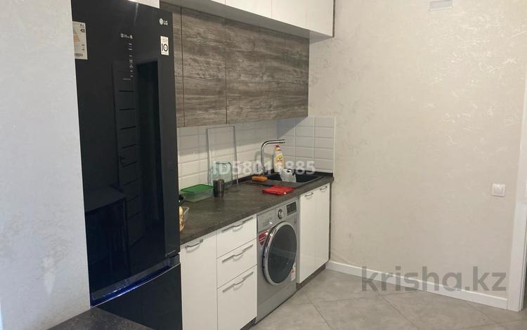 1-комнатная квартира, 40 м², 3 этаж, 38-ая улица 30/4 за 17.5 млн 〒 в Нур-Султане (Астана), Есиль р-н