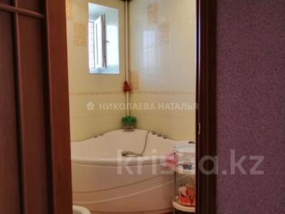 3-комнатная квартира, 95 м², 8/10 этаж, Майлина за 28.9 млн 〒 в Нур-Султане (Астана), Алматы р-н — фото 11