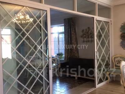 5-комнатный дом, 367 м², 6 сот., мкр Нурлытау (Энергетик) за 150 млн 〒 в Алматы, Бостандыкский р-н — фото 6