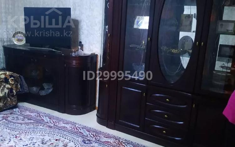 3-комнатная квартира, 68 м², 1/5 этаж, Гагарина за 15.5 млн 〒 в
