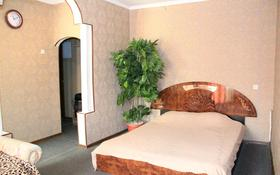 1-комнатная квартира, 34 м², 2 этаж по часам, Найманбаева 130 за 650 〒 в Семее