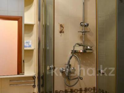 1-комнатная квартира, 36 м², 4/5 этаж посуточно, Ерубаева 35 — Алиханова за 7 995 〒 в Караганде, Казыбек би р-н — фото 12