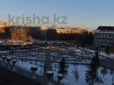 1-комнатная квартира, 36 м², 4/5 этаж посуточно, Ерубаева 35 — Алиханова за 7 995 〒 в Караганде, Казыбек би р-н — фото 5