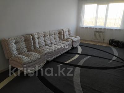 3-комнатная квартира, 75 м², 8/9 этаж помесячно, Наурызбайский р-н, мкр Шугыла за 130 000 〒 в Алматы, Наурызбайский р-н