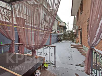6-комнатный дом, 280 м², 3 сот., Бериктас за 180 млн 〒 в Алматы, Бостандыкский р-н — фото 43