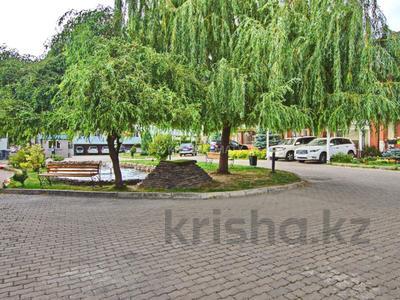 6-комнатный дом, 280 м², 3 сот., Бериктас за 180 млн 〒 в Алматы, Бостандыкский р-н — фото 49