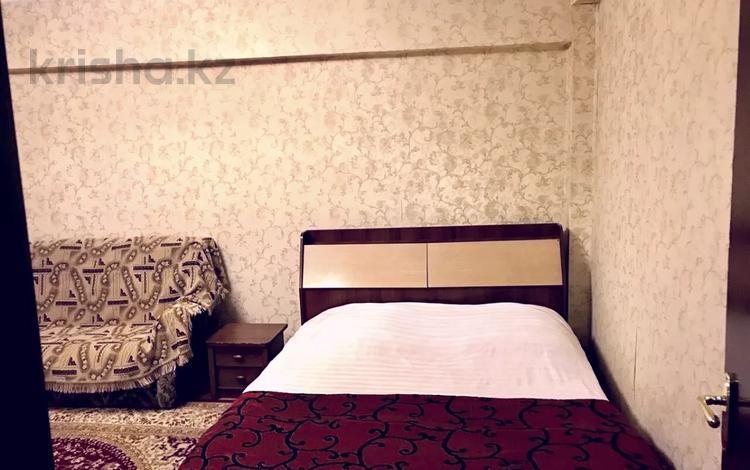 1-комнатная квартира, 34 м² по часам, Ауэзова 62 — Джамбула за 2 000 〒 в Алматы, Алмалинский р-н