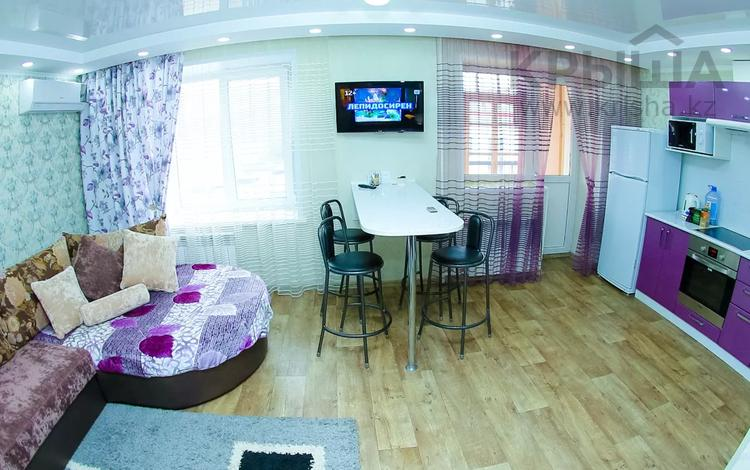 2-комнатная квартира, 55 м² посуточно, Сагадата Нурмагамбетова 4 — Казахстан за 12 000 〒 в Усть-Каменогорске