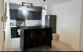 4-комнатная квартира, 172 м², 9/9 этаж помесячно, Кулманова за 250 000 〒 в Атырау