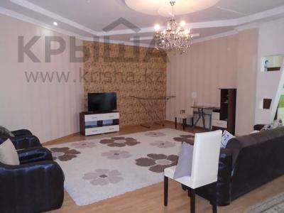 3-комнатная квартира, 128 м², 4/6 этаж помесячно, Сатпаева 39В за 175 000 〒 в Атырау