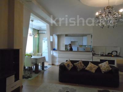 3-комнатная квартира, 128 м², 4/6 этаж помесячно, Сатпаева 39В за 175 000 〒 в Атырау — фото 2