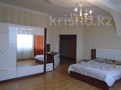 3-комнатная квартира, 128 м², 4/6 этаж помесячно, Сатпаева 39В за 175 000 〒 в Атырау — фото 3