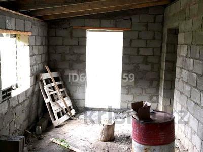 4-комнатный дом, 145 м², 10 сот., Буранная за ~ 10 млн 〒 в Усть-Каменогорске