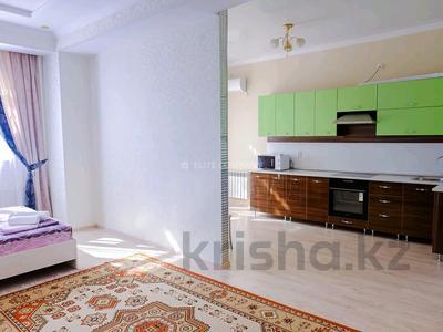 1-комнатная квартира, 45 м², 4/12 этаж посуточно, 17-й мкр 7 за 10 000 〒 в Актау, 17-й мкр