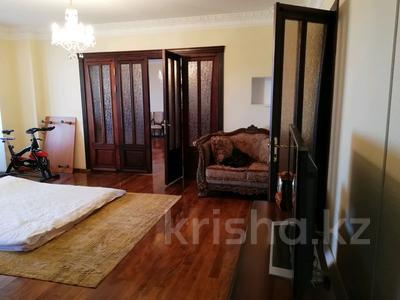 3-комнатная квартира, 177 м², 5/6 этаж, улица Есет Батыра за 40 млн 〒 в Актобе
