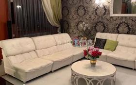 8-комнатный дом помесячно, 500 м², 15 сот., А24 2 — Ивана Панфилова за 3 млн 〒 в Нур-Султане (Астана), Алматы р-н