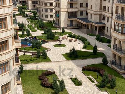 4-комнатная квартира, 200 м², 5/7 этаж, мкр Мирас 31 за 200 млн 〒 в Алматы, Бостандыкский р-н