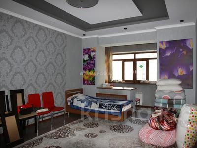 3-комнатная квартира, 99 м², 8/16 этаж, Абая 150/230 за 50 млн 〒 в Алматы, Бостандыкский р-н