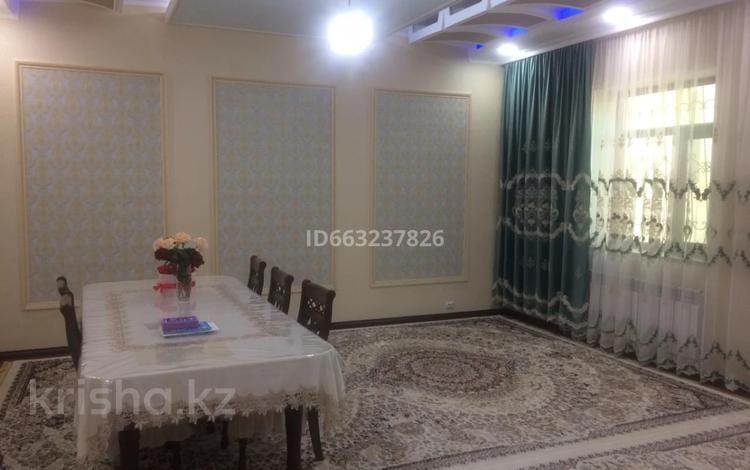 9-комнатный дом, 300 м², Рахат 76 за 65 млн 〒 в Баскудуке