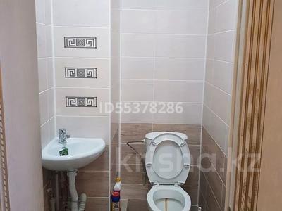 1-комнатная квартира, 65 м², 6/7 этаж помесячно, 6 мкр 27 — Проспект Астана за 100 000 〒 в Талдыкоргане — фото 10