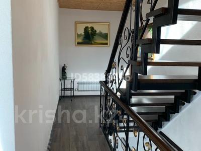 9-комнатный дом, 440.9 м², 10 сот., Табигат за 110 млн 〒 в Бурабае — фото 8