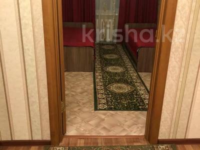 3-комнатная квартира, 65 м², 2/5 этаж посуточно, Бауыржан Момышұлы (Строительная) 40 — Ауэзова за 8 000 〒 в Экибастузе — фото 12