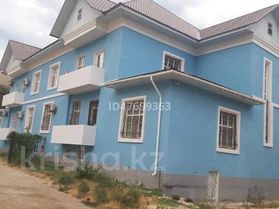 5-комнатный дом помесячно, 360 м², 4.5 сот., 15-й мкр 115 за 400 000 〒 в Актау, 15-й мкр
