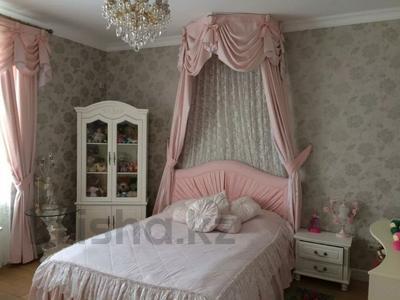 7-комнатный дом, 430 м², 10 сот., Карлыгаш 5 за 360 млн 〒 в Нур-Султане (Астана), Есиль р-н — фото 9