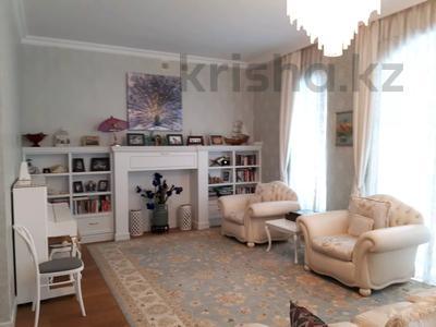 7-комнатный дом, 430 м², 10 сот., Карлыгаш 5 за 360 млн 〒 в Нур-Султане (Астана), Есиль р-н — фото 2