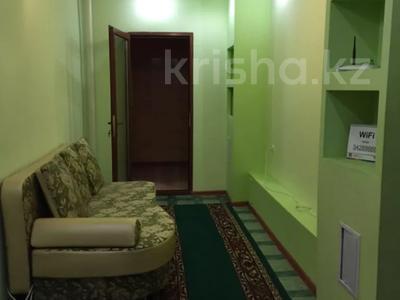 2-комнатная квартира, 53 м², 2/5 этаж посуточно, Казыбек би 142 за 10 000 〒 в Таразе — фото 4
