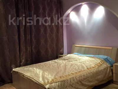 2-комнатная квартира, 53 м², 2/5 этаж посуточно, Казыбек би 142 за 10 000 〒 в Таразе — фото 5