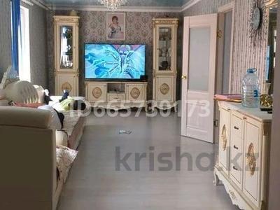 10-комнатный дом, 200 м², 10 сот., Курилькино 3 за 27 млн 〒 в Кокарне