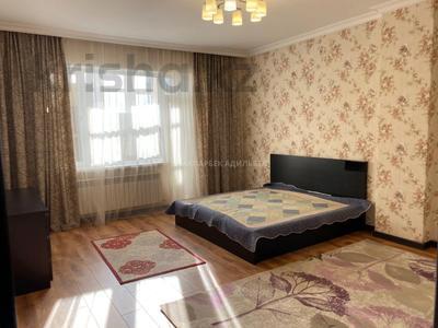 3-комнатная квартира, 120 м² помесячно, Кенесары 4 за 220 000 〒 в Нур-Султане (Астана) — фото 11