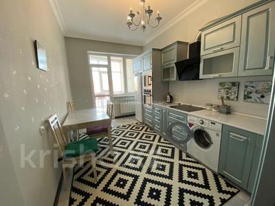 3-комнатная квартира, 120 м² помесячно, Кенесары 4 за 220 000 〒 в Нур-Султане (Астана) — фото 4