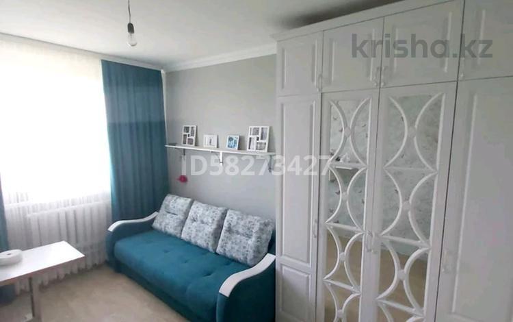 4-комнатный дом, 140 м², 10 сот., 2 мкр 51 за 17 млн 〒 в Каражаре