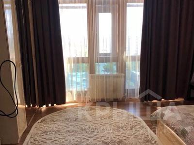 3-комнатная квартира, 130 м², 15/17 этаж помесячно, Кенесары 69а — Асан кайгы за 180 000 〒 в Нур-Султане (Астана), р-н Байконур — фото 6