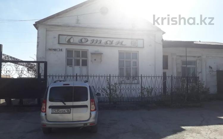 Здание, площадью 625 м², Рыскулова 34/1 за ~ 15.7 млн 〒 в Семее