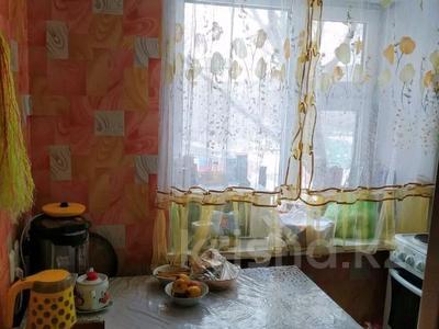 3-комнатная квартира, 54.5 м², 3/5 этаж, А.Молдагуловой 39 — Пр.Республики за 13.5 млн 〒 в Нур-Султане (Астана), Сарыарка р-н — фото 9